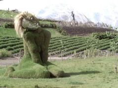 grasswoman_eden