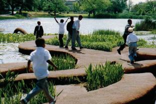 http://www.honoringthefuture.org/wp-content/uploads/2014/03/Johanson-kids-in-fair-park.jpg