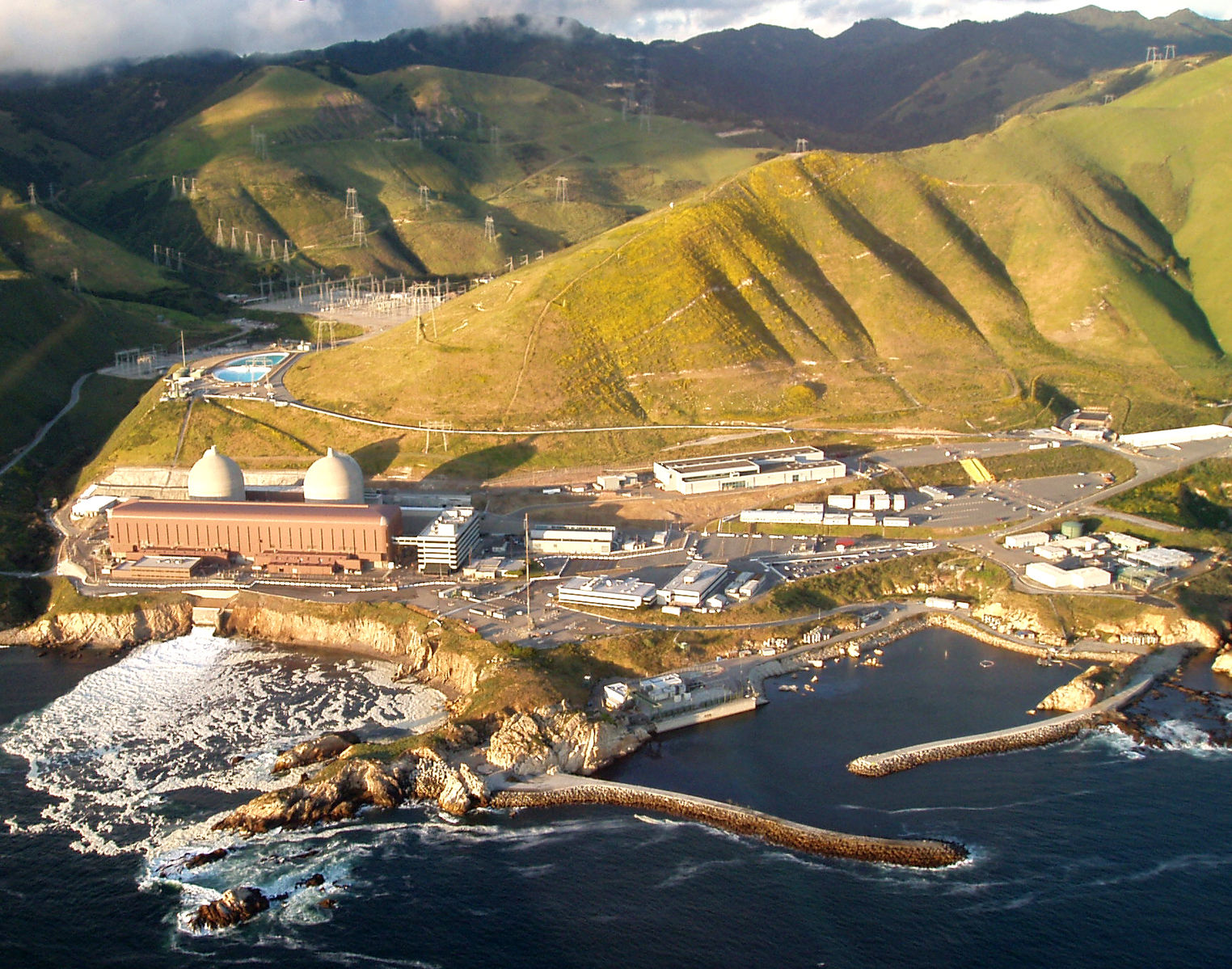 Diablo_canyon_nuclear_power_plant